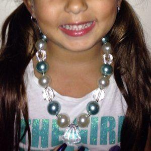 Little Diva Alert! Chunky bubblegum necklace